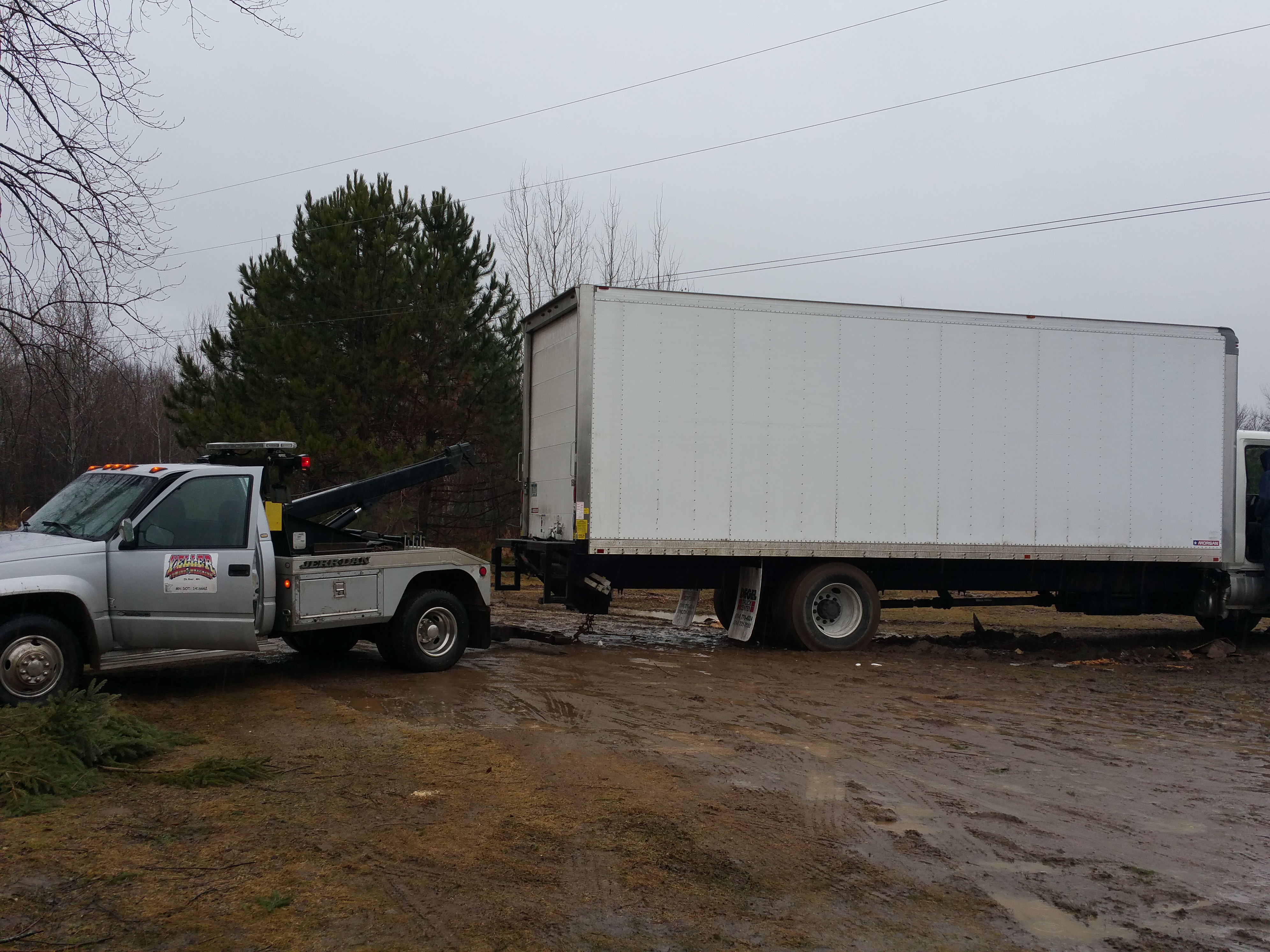 Winching services towing elk river MN 55330
